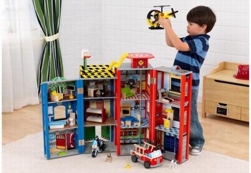 Kid Kraft - Centru de joaca din lemn Everyday Heroes