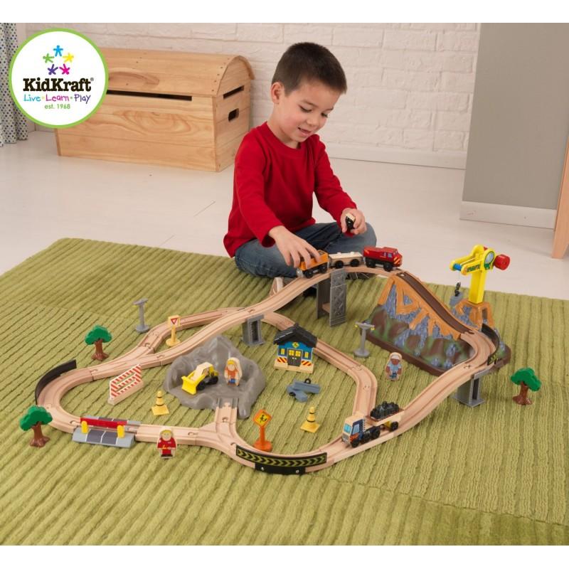 Kid Kraft - Trenulet din lemn Bucket Top Construction cu accesorii