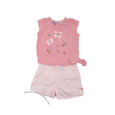 Costumas bluzita cu pantalonasi roz