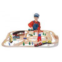 Melissa&Doug - Set Trenulet din lemn cu depou