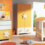 Camera bebe - culoare si simbol