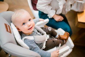 Cum sa alegi un scaun de masa pentru bebelusi