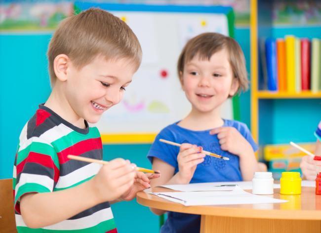 Beneficiile jocului creativ la copii
