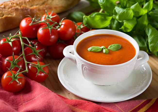 Supa de rosii cu lime
