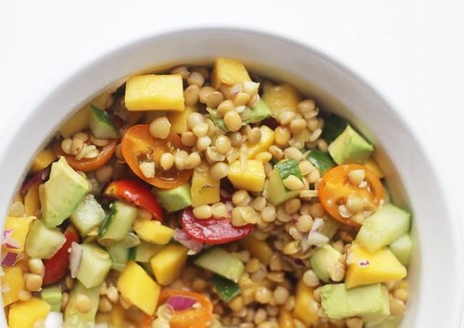 Salata tropicala cu linte