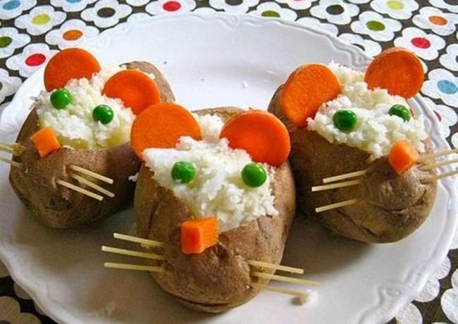 Cartofi soricei la cuptor