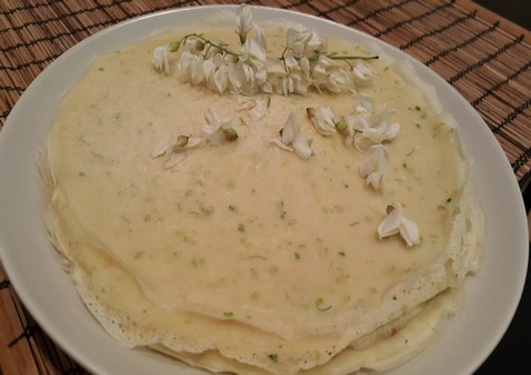 Clatite fara gluten cu flori de salcam