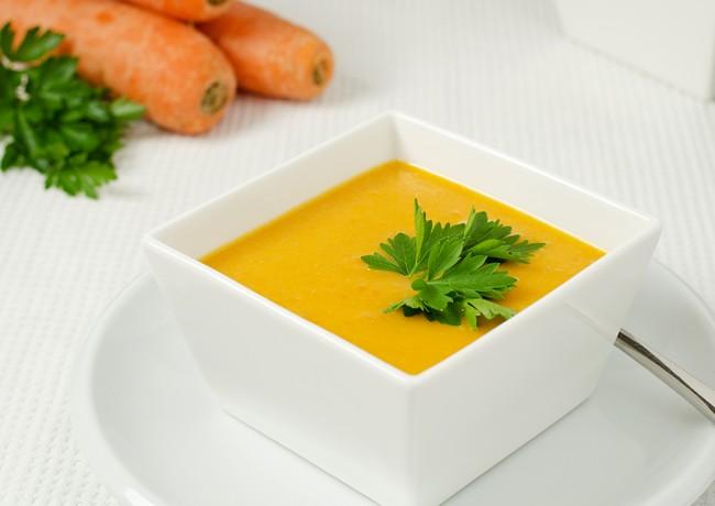 Supa crema de morcovi si mazare galbena