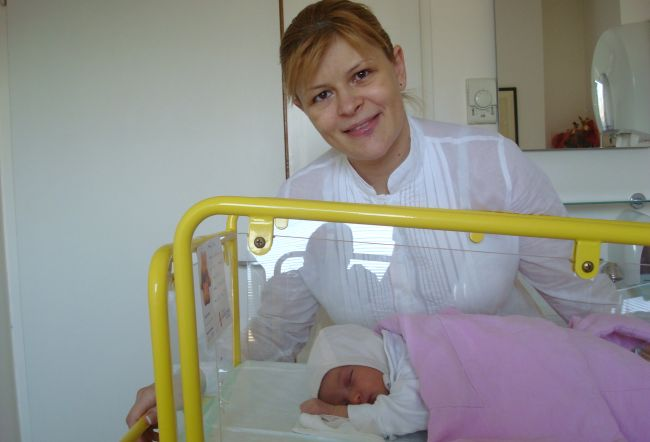 Sanda Ladosi - 7 incercari esuate si 2 minuni in viata ei