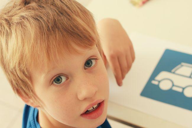 7 sfaturi pentru parintii a caror copil sufera de autism